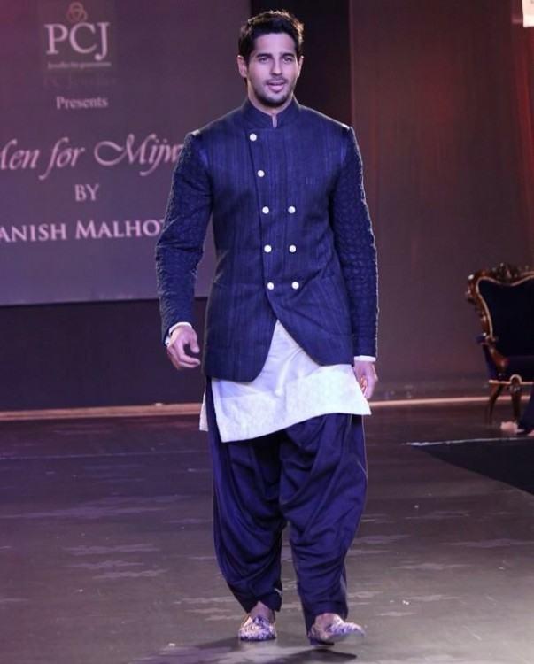 Manish Malhotra Men's Wedding Dresses