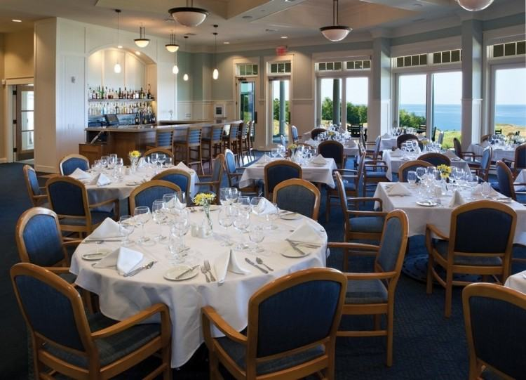 Lakeview Dining Room, on the shores of amazing Reelfoot Lake, is a well  established and successful restaurant business