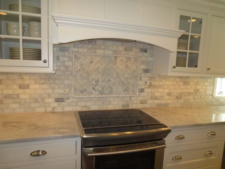 85 Stylish Herringbone, Arabesque, Mosaic and Subway Tile Kitchen  Backsplash Designs to Brighten Up Your Home