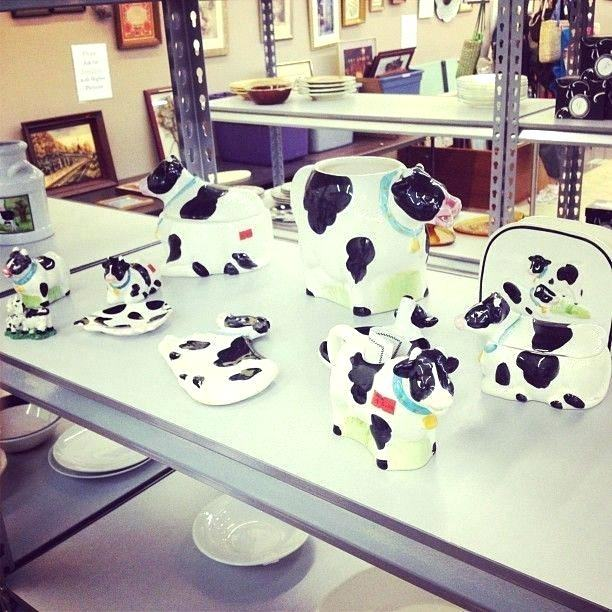 cow decor for kitchen