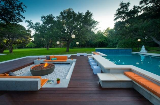 Stunning Outdoor Backyard Design Ideas With Round Stone Fire Pit And  Wooden Chairs On Spread Pebbles