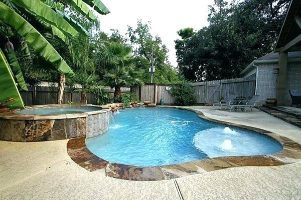 Pebble Finish, Attached to Pool, Freeform, Natural Material, Rock Features