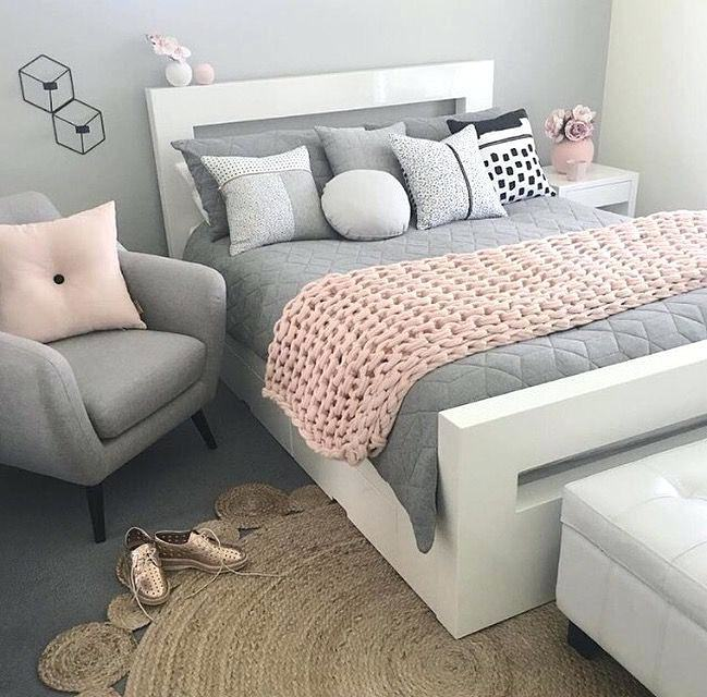 white and pink bedroom frightening white pink bedroom black white pink walls  white gold and pink
