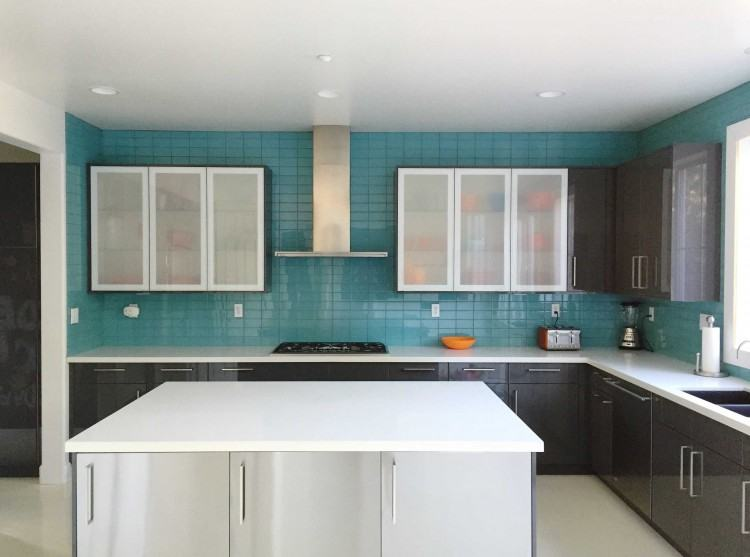 Backsplash ceramic tiles, as an example, provide a finished look to any  type of kitchen
