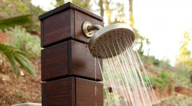 I am loving this rain drop shower head