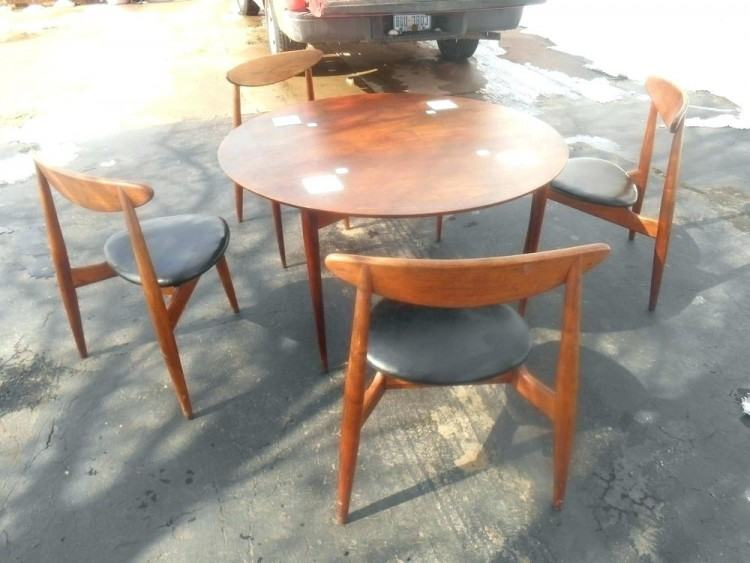 hibriten furniture company dining room round pedestal table furniture  company set large size hibriten furniture company