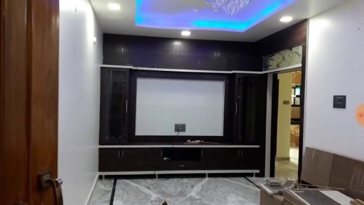 Brown Wall Unit and LCD Cab