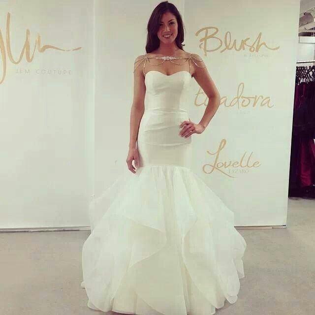 Honeymoon bride wedding dresses聽2015 new Korean Diamond Flower and chest straps  wedding princess bon