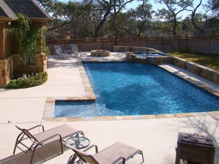 With over 20 years of pool building expertise in Swimming Pool Construction  near The Woodlands, TX and Spring areas, we have the experience and skills