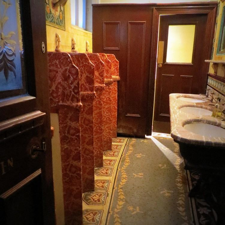 The Philharmonic Dining Rooms: Gents grade 1 listed toilets
