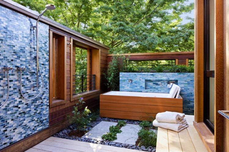 Garden spas are outdoor water environment, typically created for  therapeutic purposes