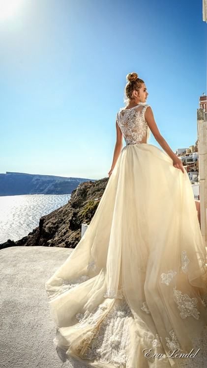 White gown from the 2017 Eva Lendel Santorini collection, as seen on  dressfinder