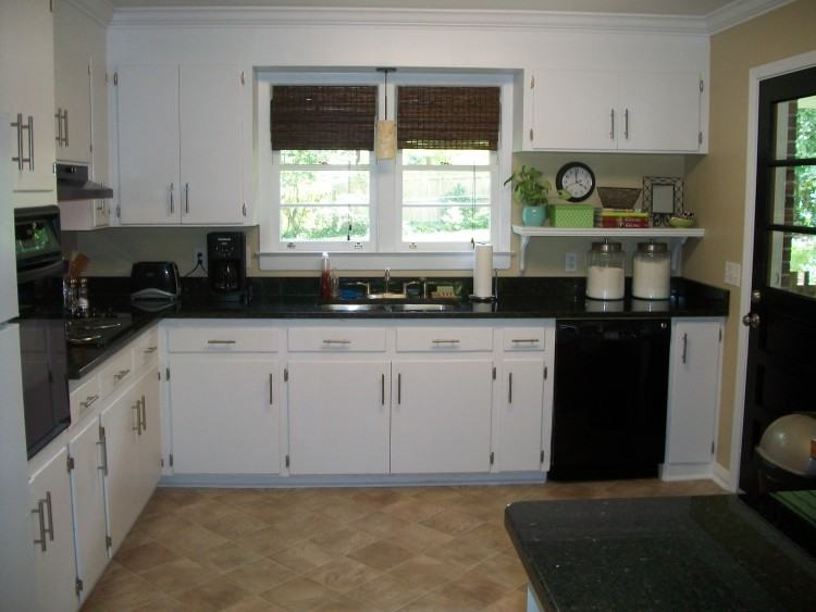 Full Size of White Kitchen Cabinets Black Countertops Subway Tile Kitchens  Dark Glass Home Grout Love