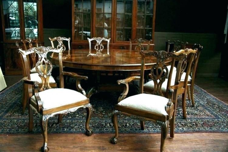 Neoclassical Louis XVI reproduction French dining table