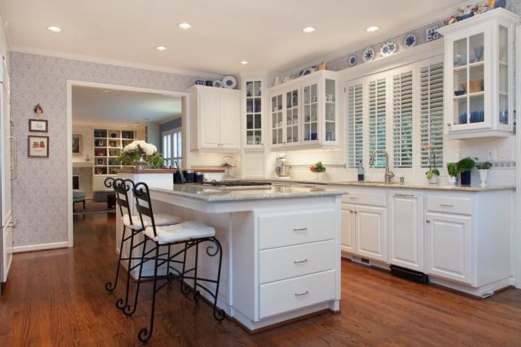 The Colonial Style Is Currently The Most Por Style When Choosing Kitchen  Cabinets Some Of The
