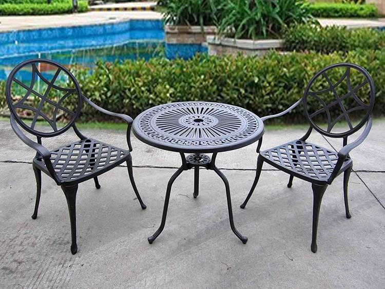 Frontgate Patio Table, Chairs, and Umbrella Set