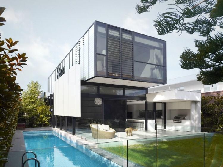 Aspen model house features: Floor area: 200 square