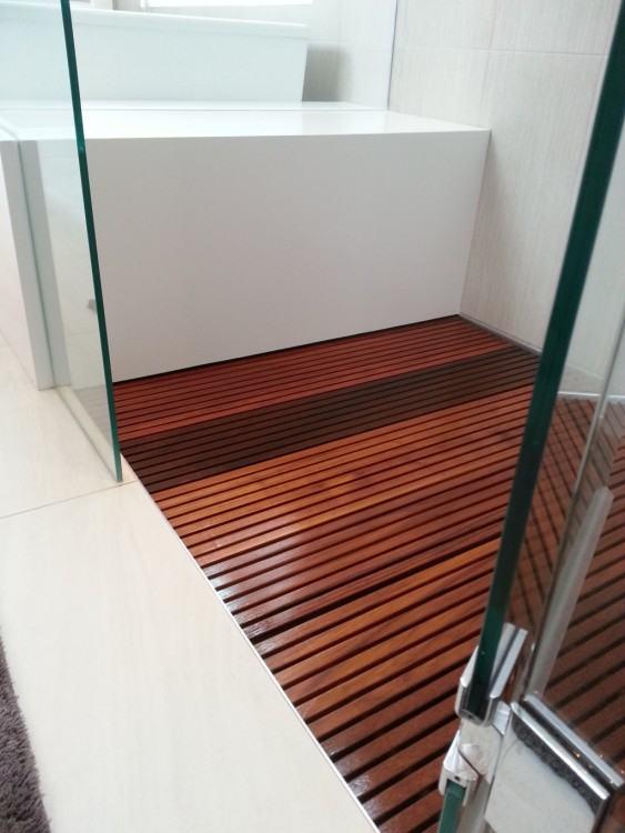 outdoor  shower floor