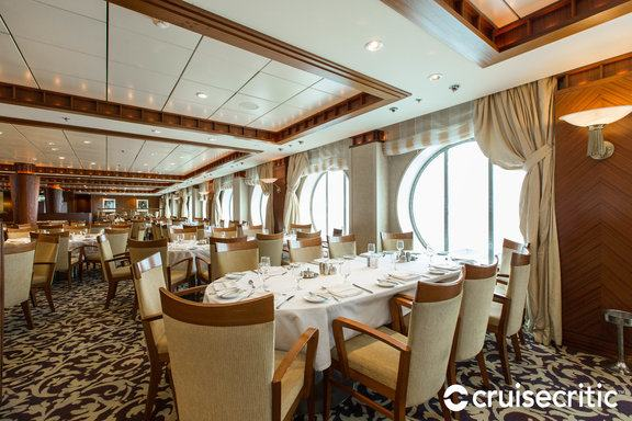 Cascade Dining Room Set