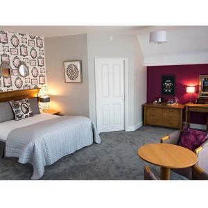 Edinburgh Double bedroom | The Coach House, Ratho, nr