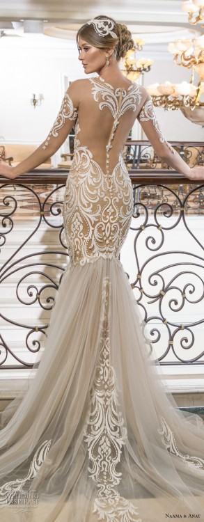 Gorgeous Wedding Dress 2018 Scoop Lace Applique Flowers Tulle Long  Sleeve Bridal Gown AM882