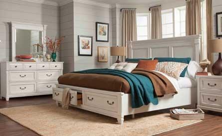 Holmebrook Bedroom Sets