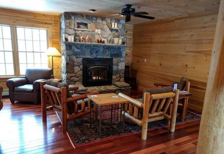 Hostel Of Maine, Carrabassett Valley, Comfort Single Room, 1 King Bed,  Private