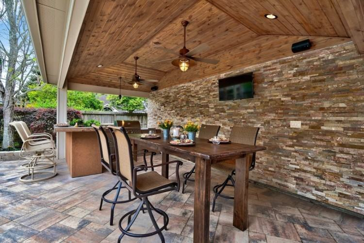 Custom Outdoor Kitchen #003 by Wells Pools