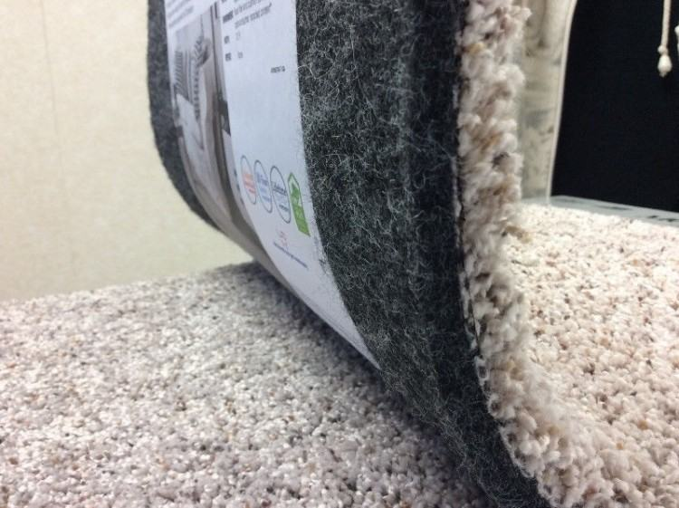 HOME Fresh carpet has both incredible airflow and does not absorb moisture,  which helps
