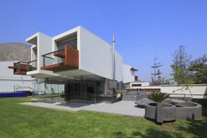 cantilever house cantilever design contemporary house design with a sunning  cantilever box built on a modern