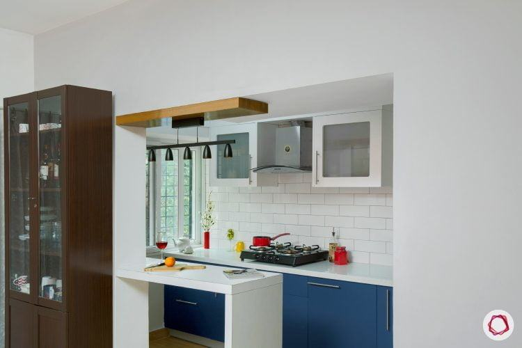 One of the most preferred arrangements or layout for a small kitchen is  planning a straight or one walled kitchen as it endows simple and flexible