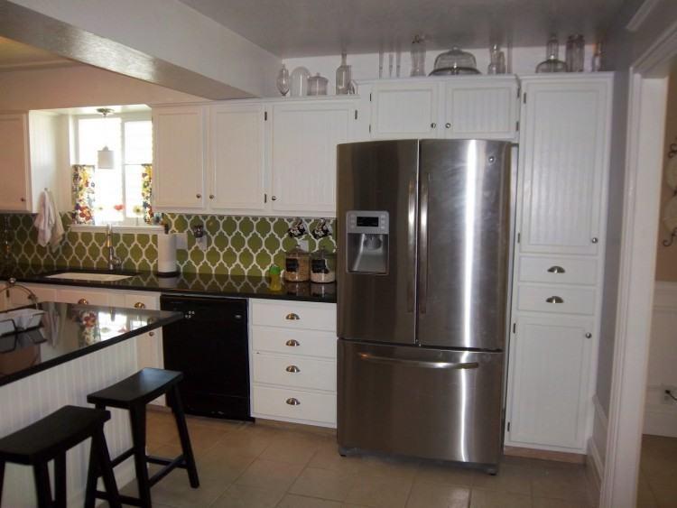 Shaker Style Cabinets Minimalist Grey Kitchen Ideas