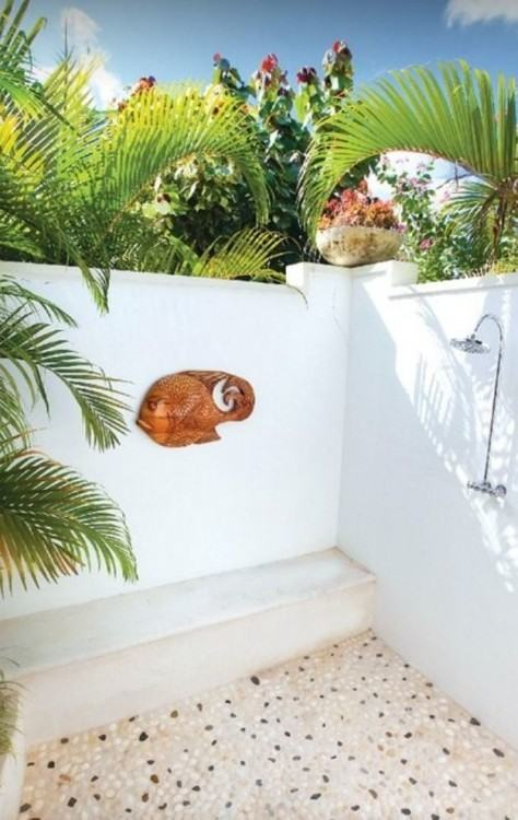 Outdoor shower from Houzz