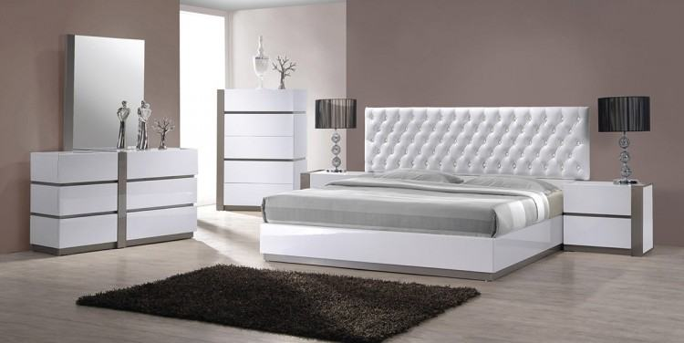 Vero Modern White Tufted Bedroom Set